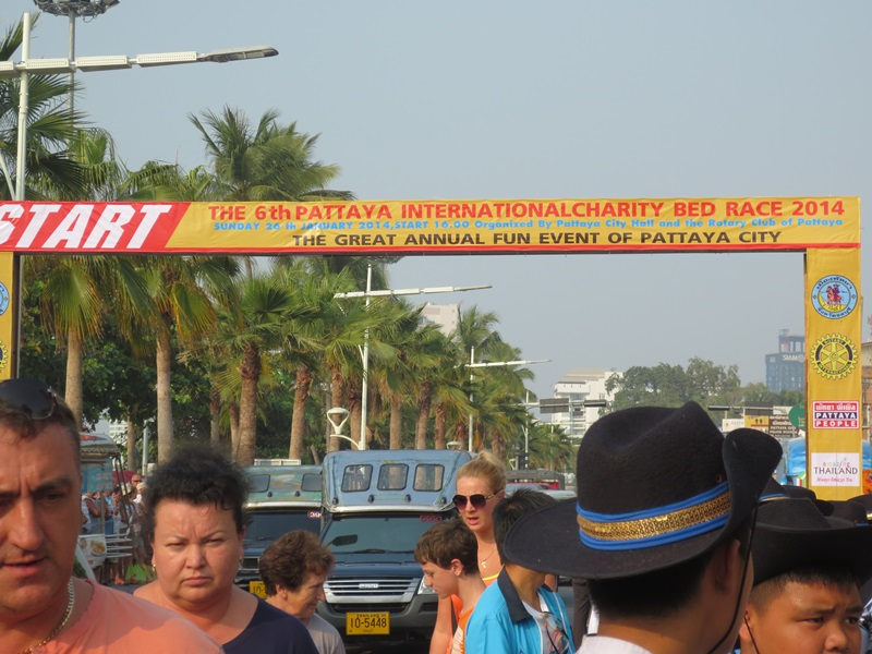Pattaya International Charity Bed Race 2014