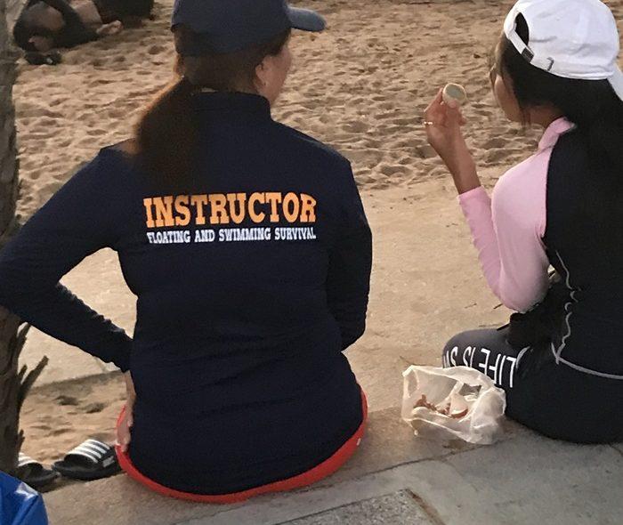 Livräddningsövningar på Jomtien Beach